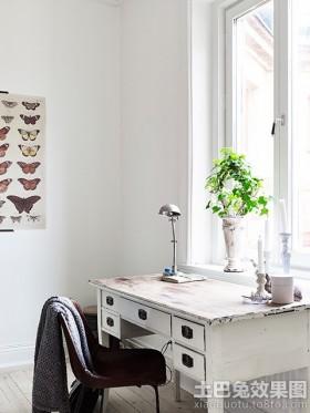 北欧风格书房书桌设计效果图