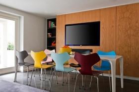 中西混搭风格餐厅木质电视背景墙装修效果图