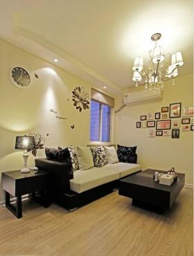 现代简约风格客厅照片墙效果图