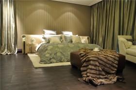 欧式新古典风格三室两厅卧室脚凳效果图
