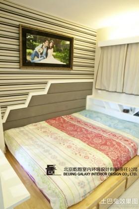 现代50平米小户型卧室榻榻米效果图片
