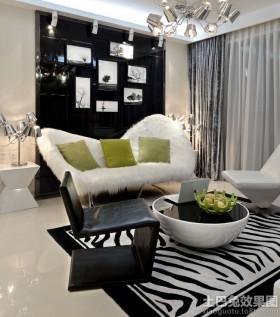 现代70平米小户型客厅装饰画效果图
