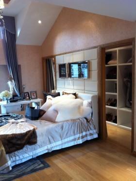 新古典风格背书卧室装饰效果图