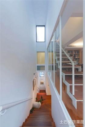 现代风格装修楼梯效果图