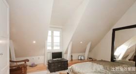 现代卧室阁楼装修效果图