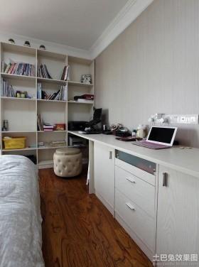 现代风格卧室书桌装修效果图