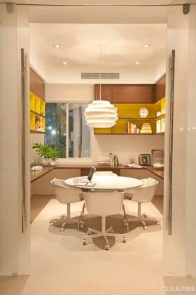 简约风格二居室餐厅圆吊灯装修效果图