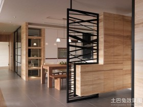 美式三室两厅餐厅实木隔断墙