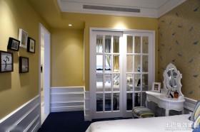 室内卧室装潢设计图片欣赏