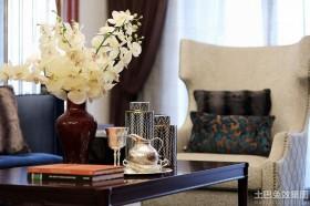 现代二居室客厅实木茶几装饰图片