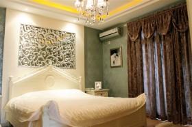 卧室遮光窗帘效果图