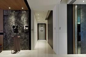四居室家庭走廊装修效果图