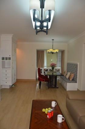 现代简约风格两室一厅室内装修效果图