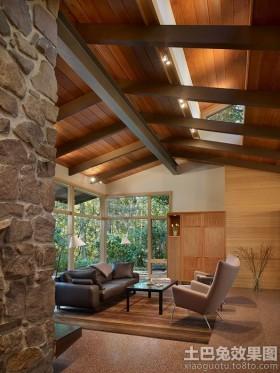 阁楼沙发木质别墅阁楼休闲区设计