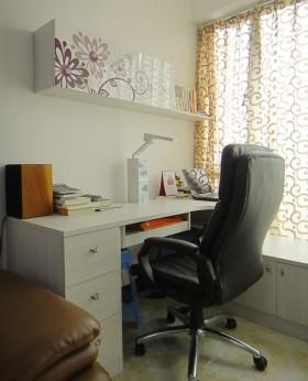 简约家居书房书桌图片