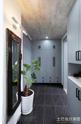现代家居进门玄关装修效果图