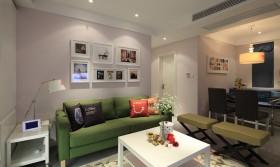 混搭二居室家庭装修客厅设计