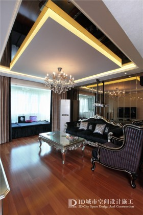 新古典风格二居室客厅吊顶效果图