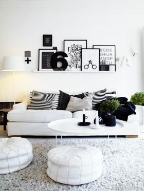 白色简约起居室设计