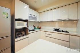 极简主义厨房装修橱柜效果图