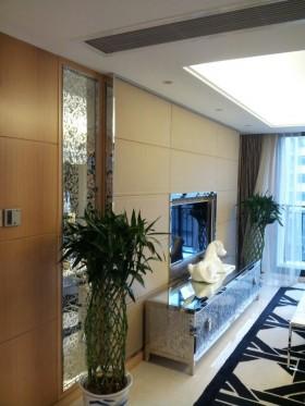 现代风格四室两厅客厅电视背景墙装修