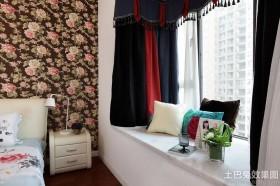 混搭卧室飘窗装修设计
