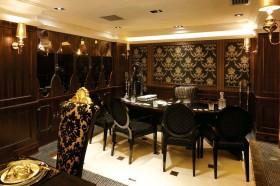 古典风格家用咖啡色餐厅装修设计