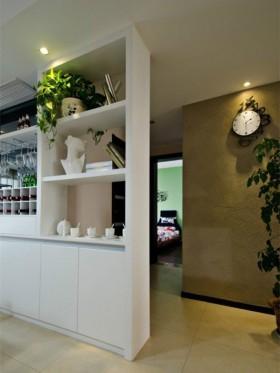 餐厅组合柜吊兰装饰效果图