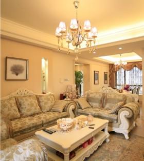 欧式豪华四居室客厅水晶吊灯装修图片欣赏