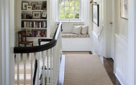欧式风格别墅楼梯间飘窗装修效果图