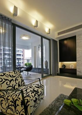 后现代风格两室两厅阳台门装修效果图