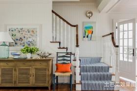 北欧风格复式楼梯装修效果图欣赏