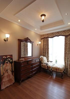 美式田园风格卧室梳妆台设计
