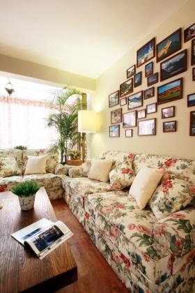 田园风格客厅照片墙效果图片