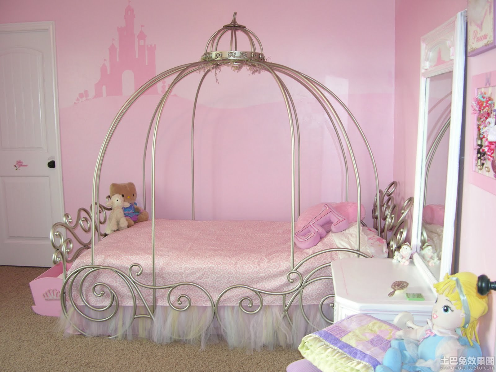儿童房公主床造型设计