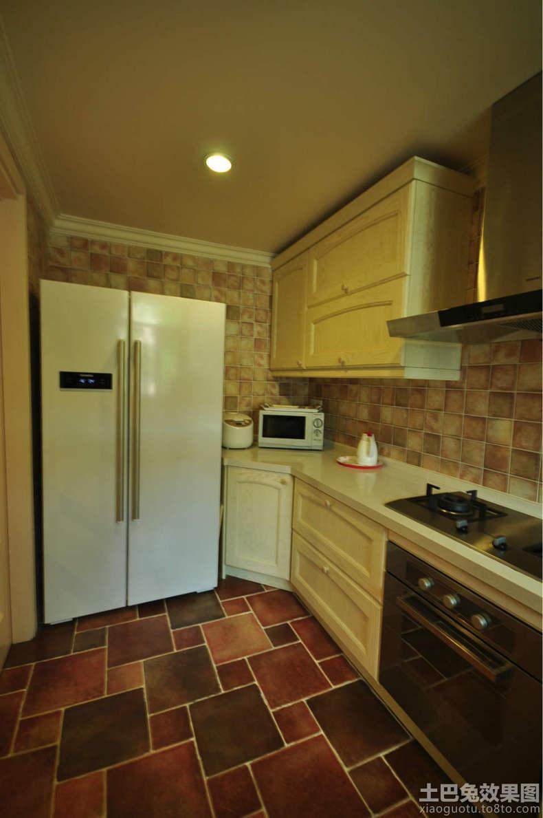欧式田园家庭厨房装修效果图