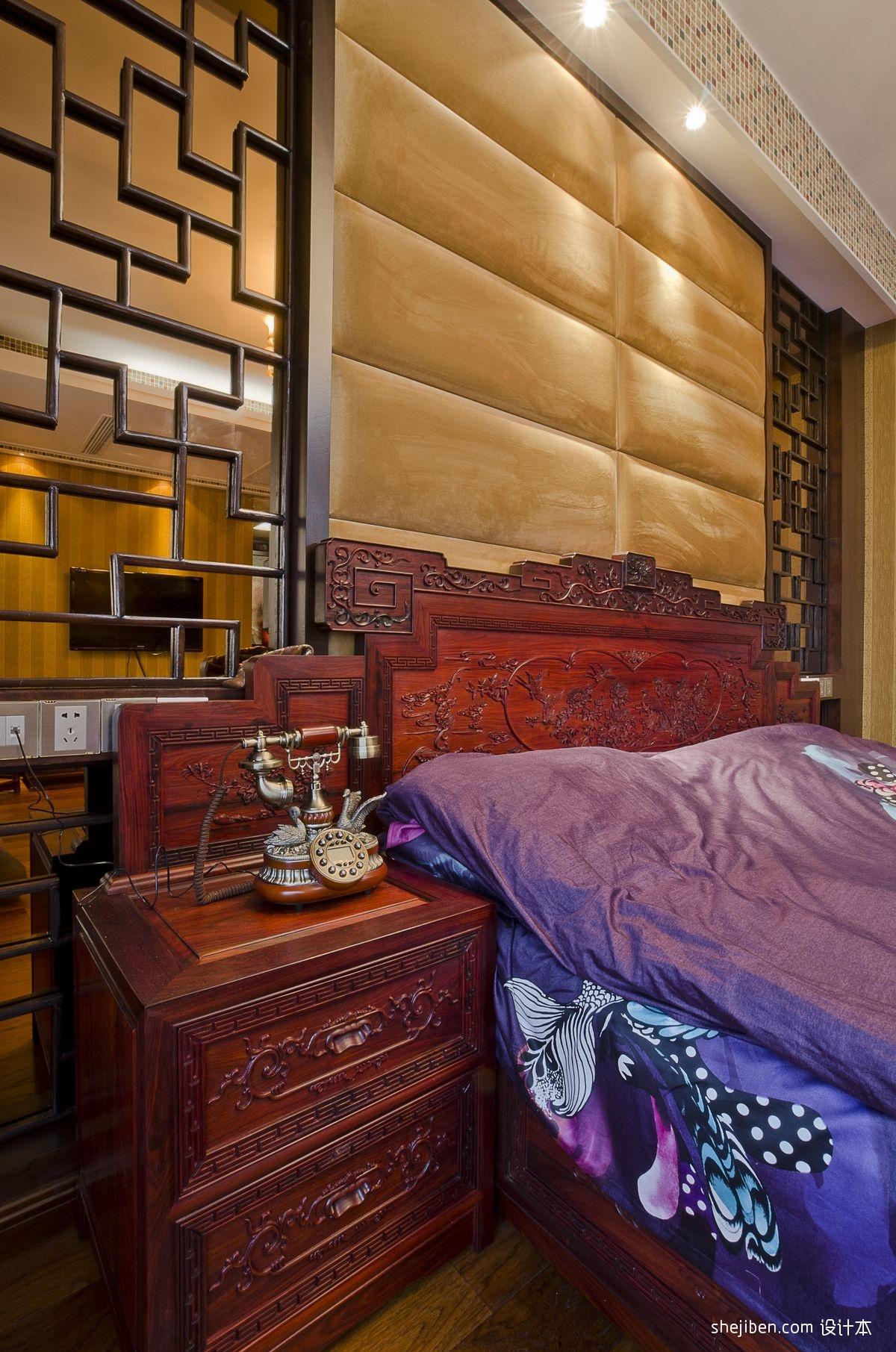 中式风格别墅主卧室床头软包背景墙装修效果图