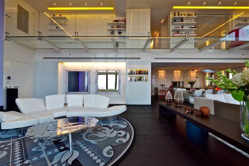休闲区玻璃天花板装修效果图
