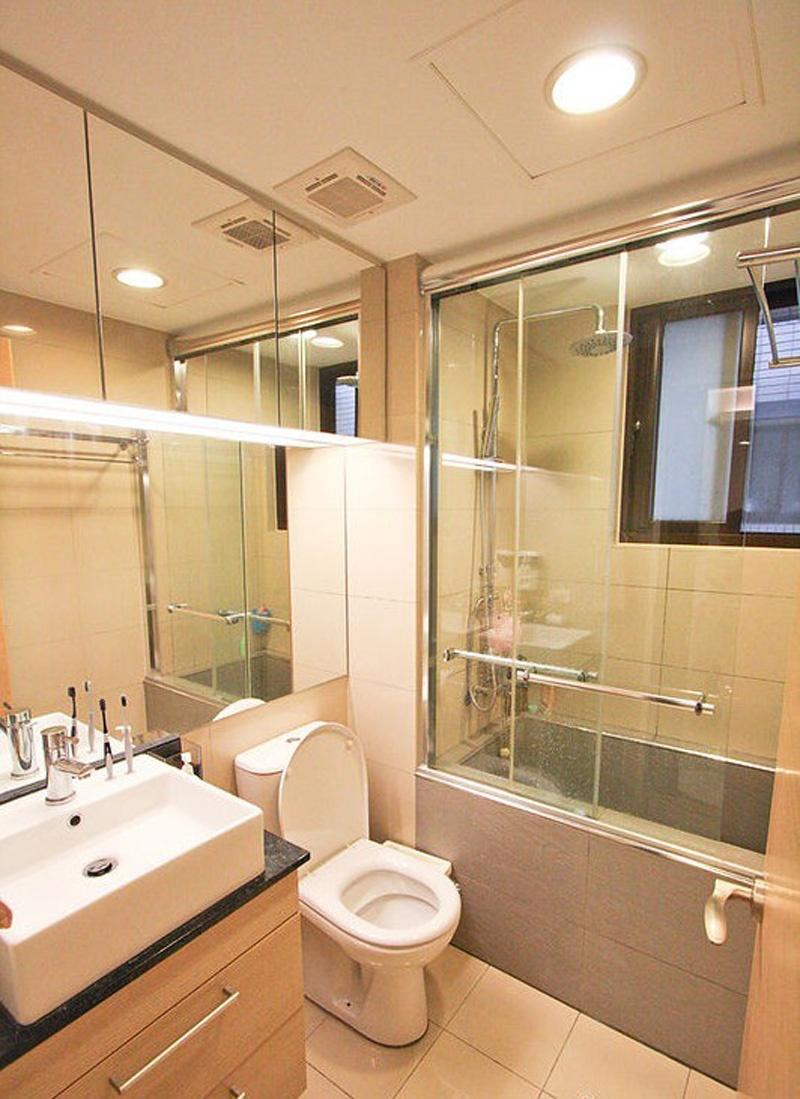 2013小面积卫生间装修效果图片高清图片