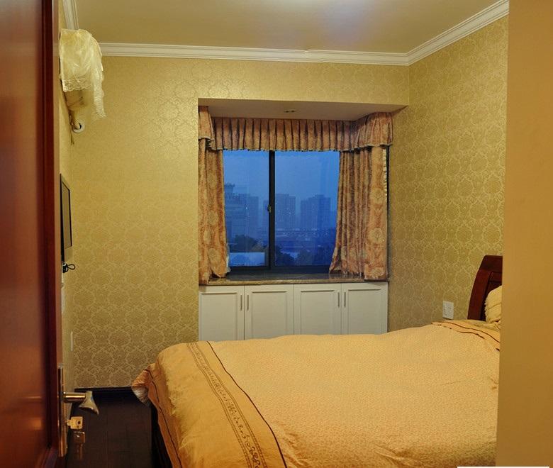 简欧卧室飘窗窗帘装修效果图片