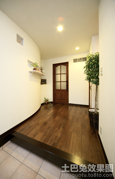 最新日式住宅进门装修效果图图片