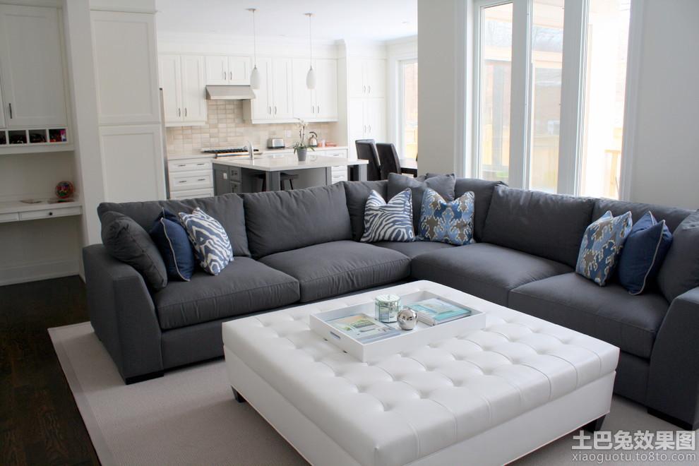 现代简约风格客厅沙发摆放