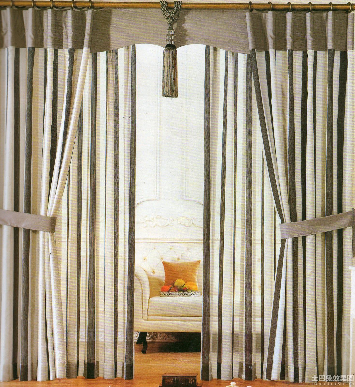 客厅窗帘隔断效果图片欣赏