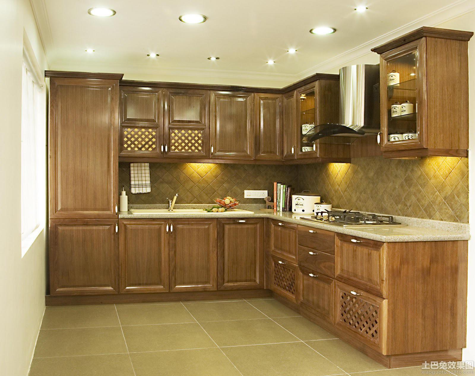复古风格实木橱柜厨房装修效果图