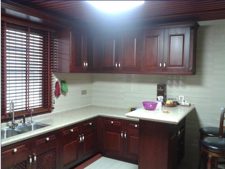 家居实木橱柜厨房装修效果图图片