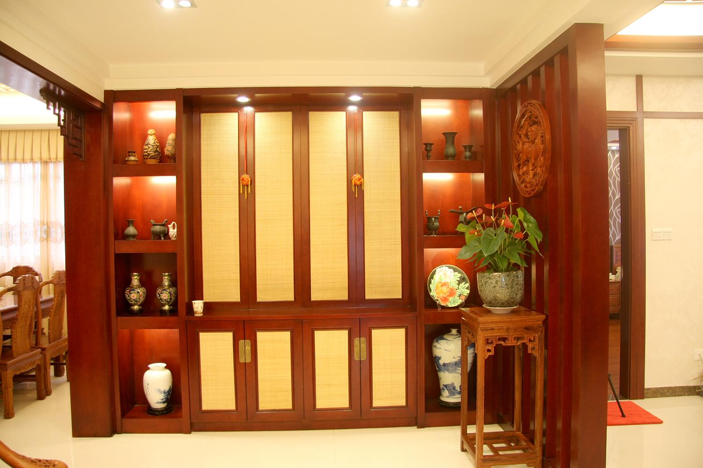 中式风格室内红木柜子图片