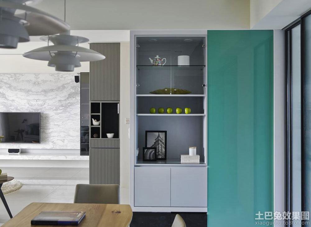 现代客厅墙上储物柜设计