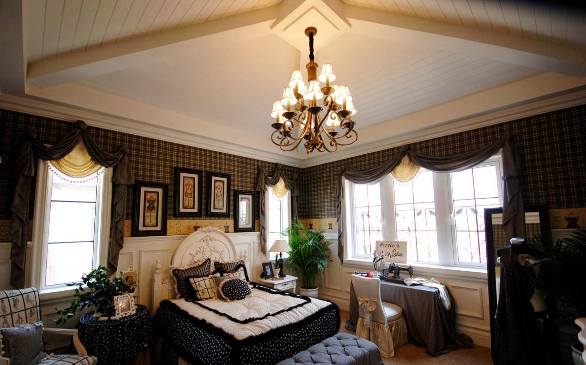 美式风格卧室吊顶装修效果图图片