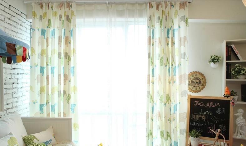 儿童房窗帘布艺设计