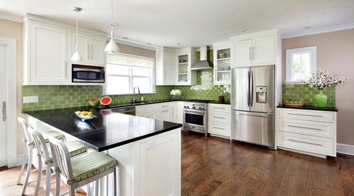 简欧风格一体式厨房装修设计图片